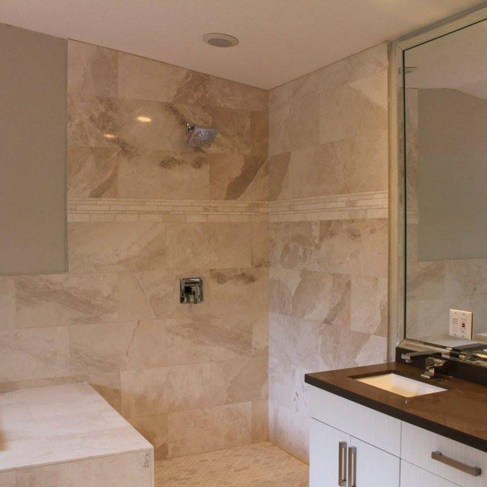 Valeria's Bath